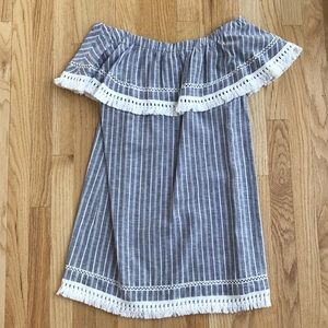 1. State Dresses - 1. State Off the Shoulder Dress Size: Small